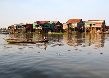 Floating village tonle sap Cambodia Siem Reap tours activities