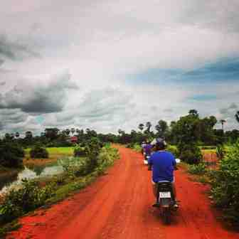 siem reap tour, cambodia, motorbike tours, moto, floating villages cambodia, visit cambodia, jeep tours, cambodia jeep tours, day trips, visit siem reap, siem reap half day, kulen mountain, angkor wat, angkor thom, temple guides, cambodia adventures, activities, tours of angkor wat, temples, bike tours, countryside, what to do in siem reap, beantei srei, beng mealea temple, where to visit, off the beaten path, motorcycle, angkor guides, grand small circuit