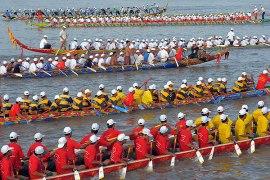 Cambodia-water-festival-Boat-Racing