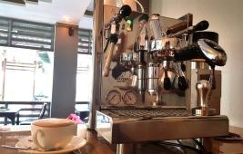 Maiya's Cafe 23